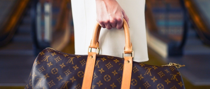 louis-vuitton-2628969_1920